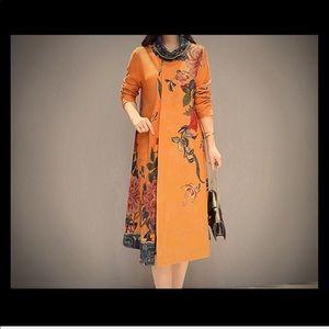 Dresses & Skirts - Vintage turtle neck Dress